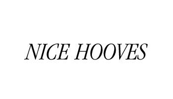 _0011_Nice Hooves