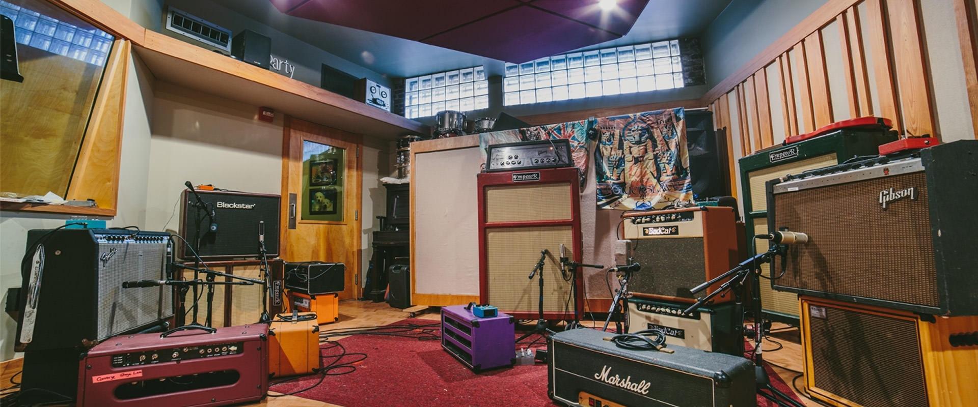 studioPic